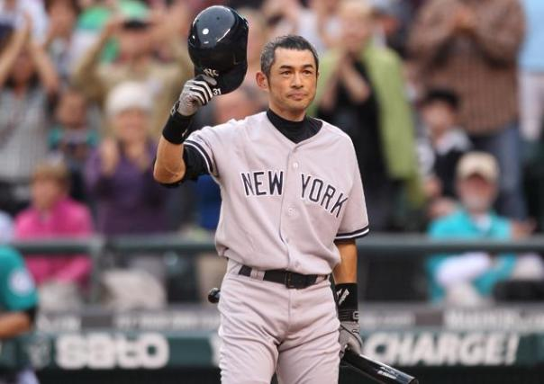 Suzuki is definitely caught in a numbers game now.  Maybe the Yankees will trade Gardner, and he can be the RF still in that event.  With either Soriano or Beltran trading out of LF and the DH positions,  it is crowding up pretty fast.  The team may also DFA Vernon Wells in the Spring, as roster spots are quickly filling up.