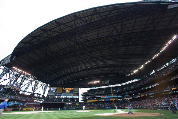As Safeco Field closes it's roof for the season, let's take a look back at the brighter moments from the Mariners abysmal 2013 season.