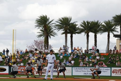 Pitchers and Catcher have less than 4 weeks to report in FLA