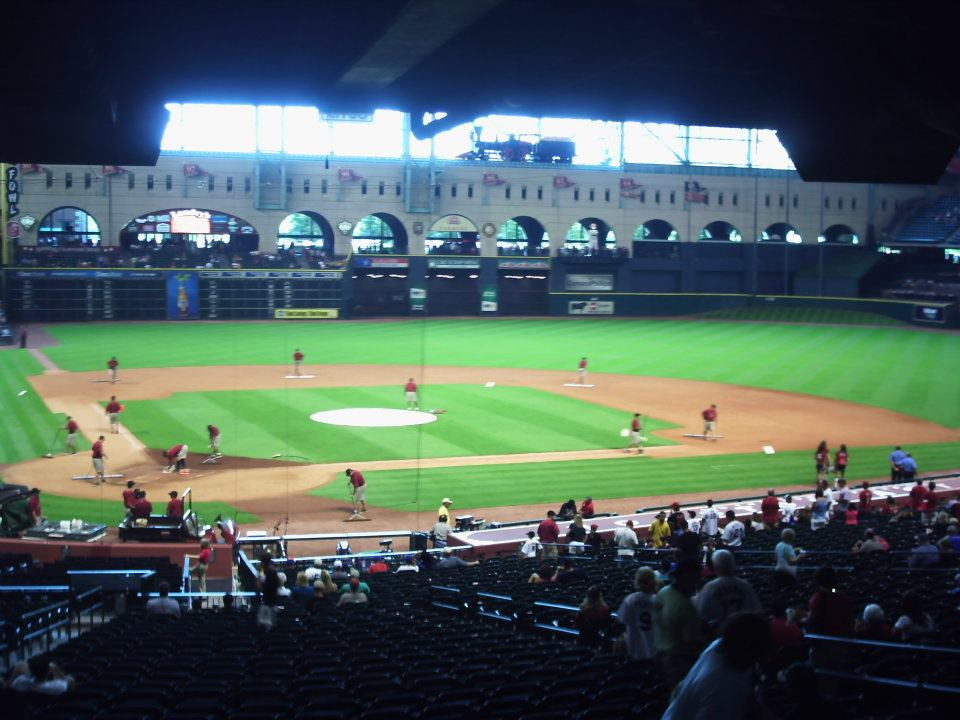 Astros Opening Day Dilemma At Minute Maid Park Mlb Reports