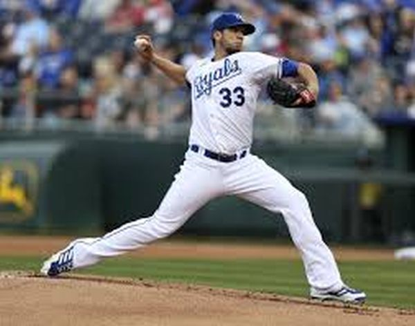 James Shields has turned in a workman like effort for the Royals - only to have received little run support.  With the Trade having going down seemingly to correct each other main ailments with the Rays needing offense and the Royals needing defense.  It has worked for both teams.  However the Rays have done it for the majority without Myers - where as Shields is on pace for another 200+ IP.  Now the Royals can't hit and the Rays pitching has gone south.  One is left to wonder what if the trade never took place?