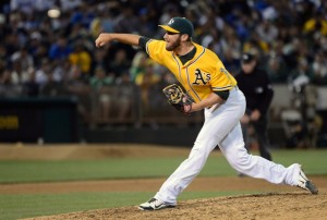 Ryan Cook is having another solid season pitching out of the bullpen fir the Athletics. He has a 2.02 ERA with a 1.03 WHIP in 48.1 innings pitched and has struck out 46 batters. The best thing about him is that he has yet to give up a HR this season. Cook is holding opponents to a .208 batting average this season, and he has right-handed batters eating out of the palm of his hands with a .188 batting average. He is nearly untouchable with runners in scoring position, as teams can only manage a .163 average.