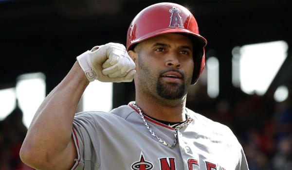 Pujols is already in 7th ALL - Time in XBH with 1209. He should be able to play the next 5 years. If he can average 40XBH per year he should rest at #3 behind AAron and Bonds. With some luck he could pass both. Last year the big 1B collected 50 XBH (31 HRs and 19 Doubles)